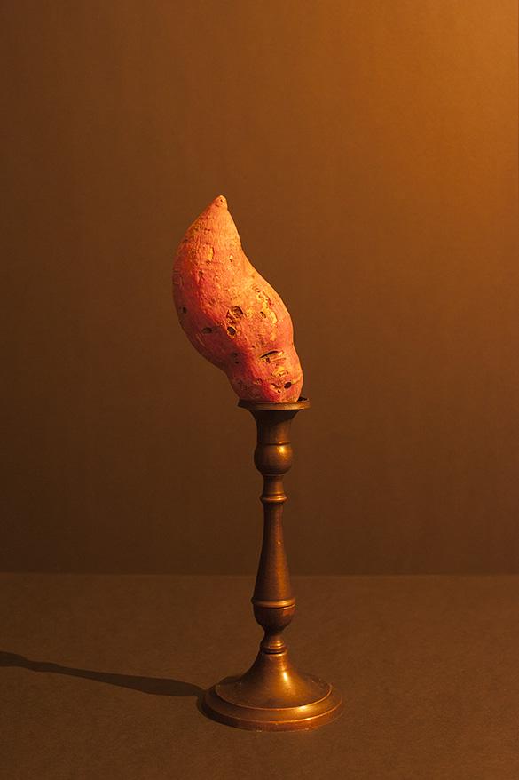 Hans van Asch Candlelight serie zoete aardappel Rembrandtlicht kaarslicht groeten en fruit