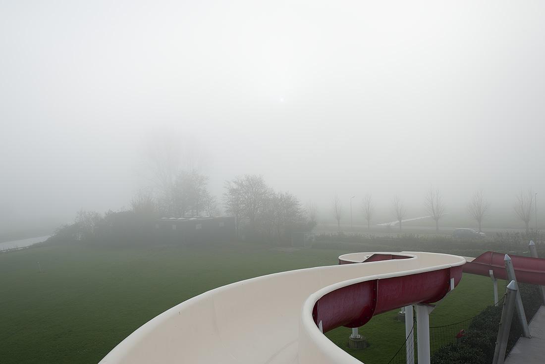 Troebel Landschap - Zwembad bij Haastrecht, 2010 - Hans van Asch